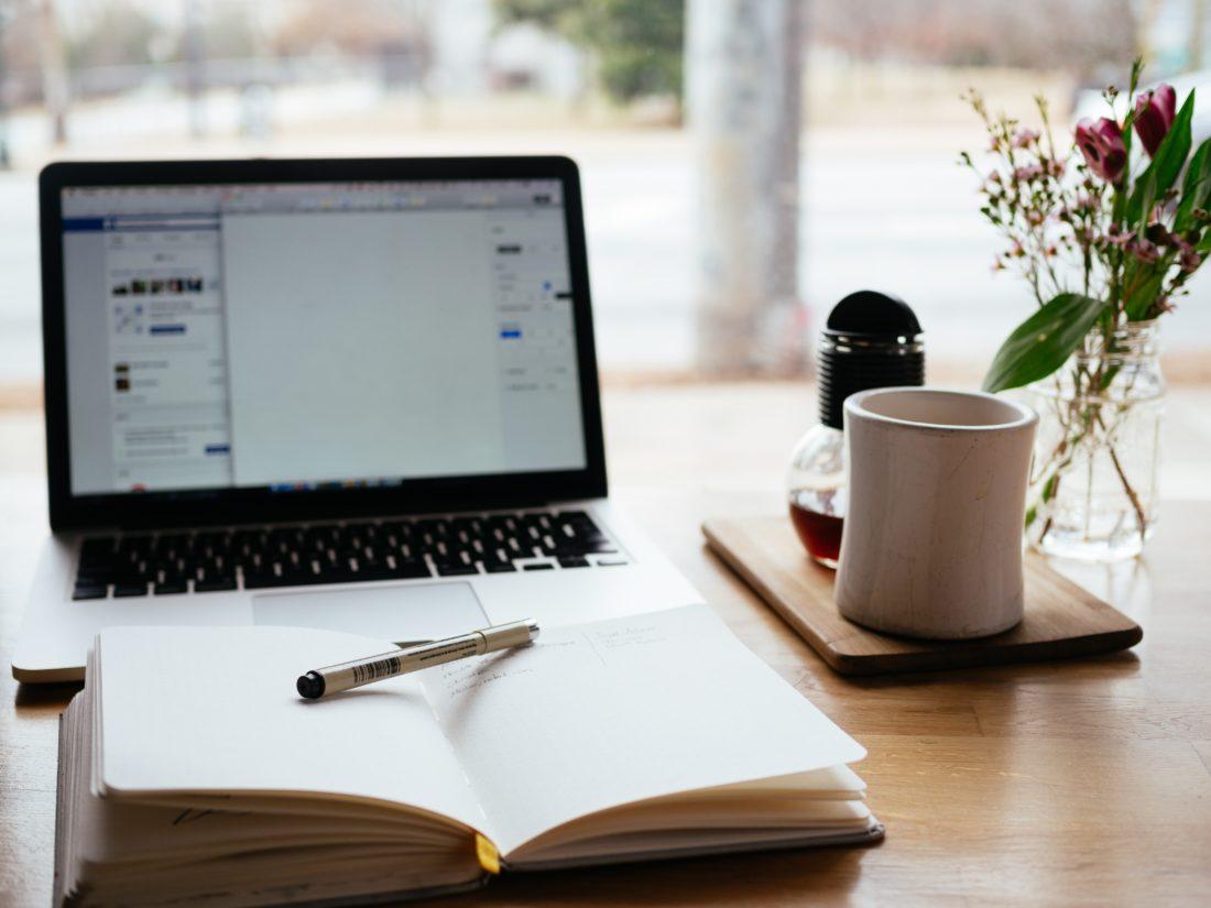 Komunikacja marketingowa   Co publikować na fanpage'u firmy?   Kasia Weistock
