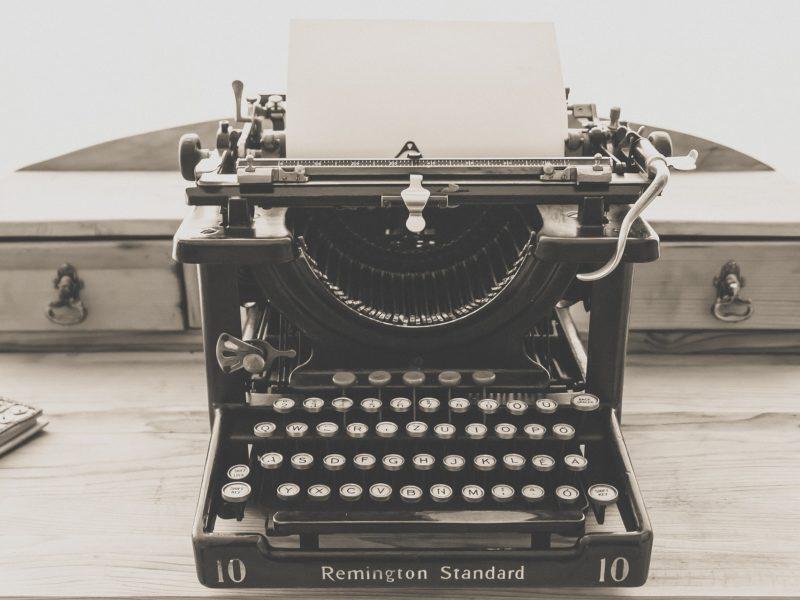 Maszyna do pisania. Inmarketing