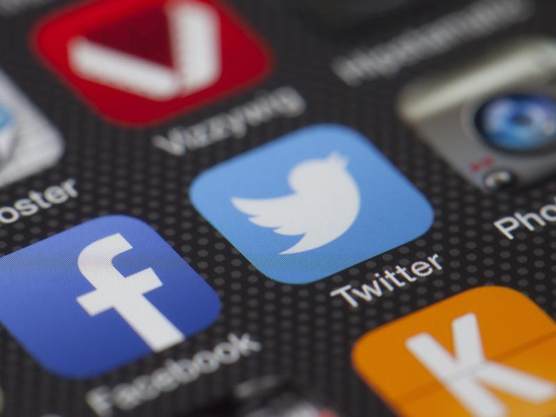 agencja inmarketing jak radzić sbie z kryzysem w social mediach? Poznaj zasadę 5p